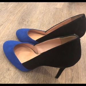 Sole Society Shoes - Royal blue and black Sole Society pumps
